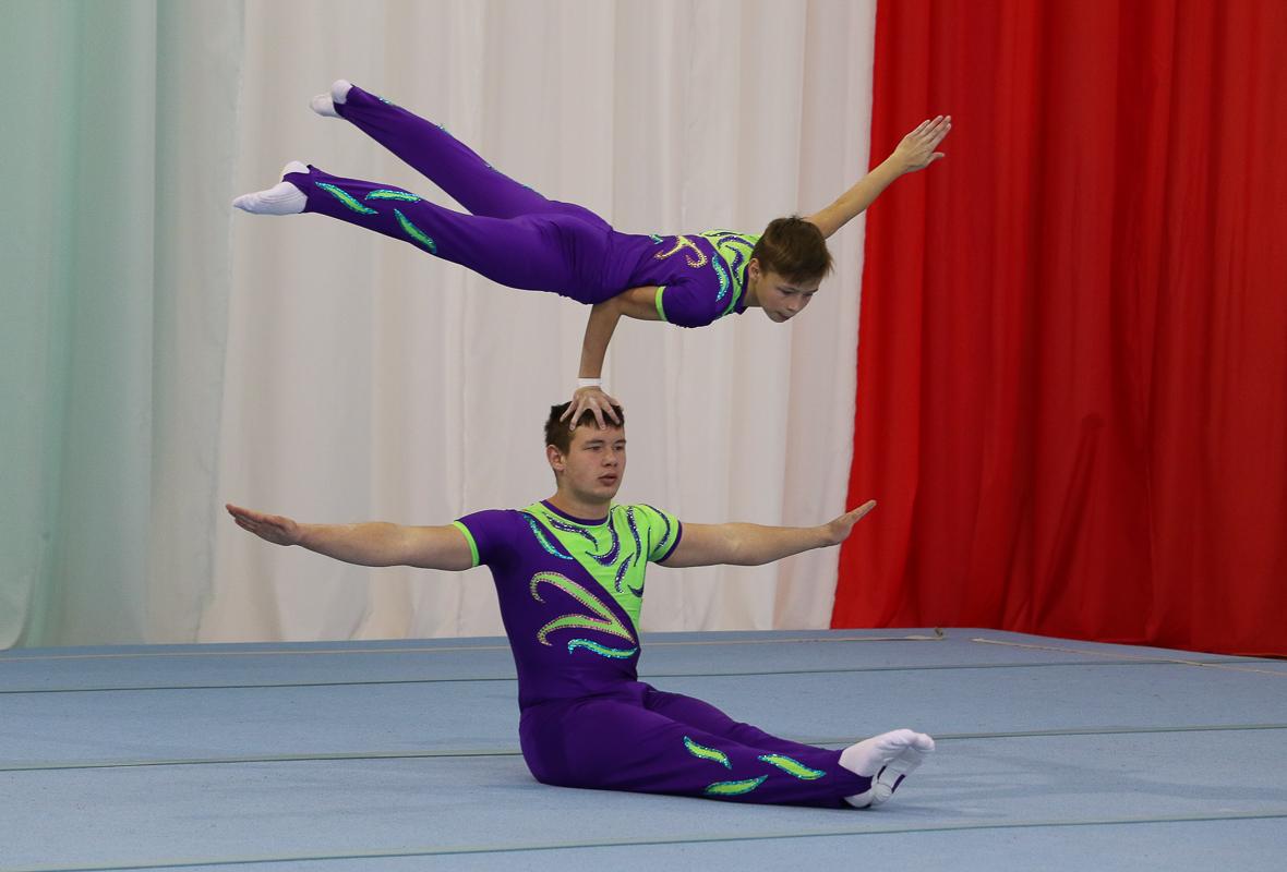 Юные акробаты СДЮШОР №3 выиграли командное первенство Брестской области — Intex-press. Последние новости города Барановичи, Беларуси и Мира