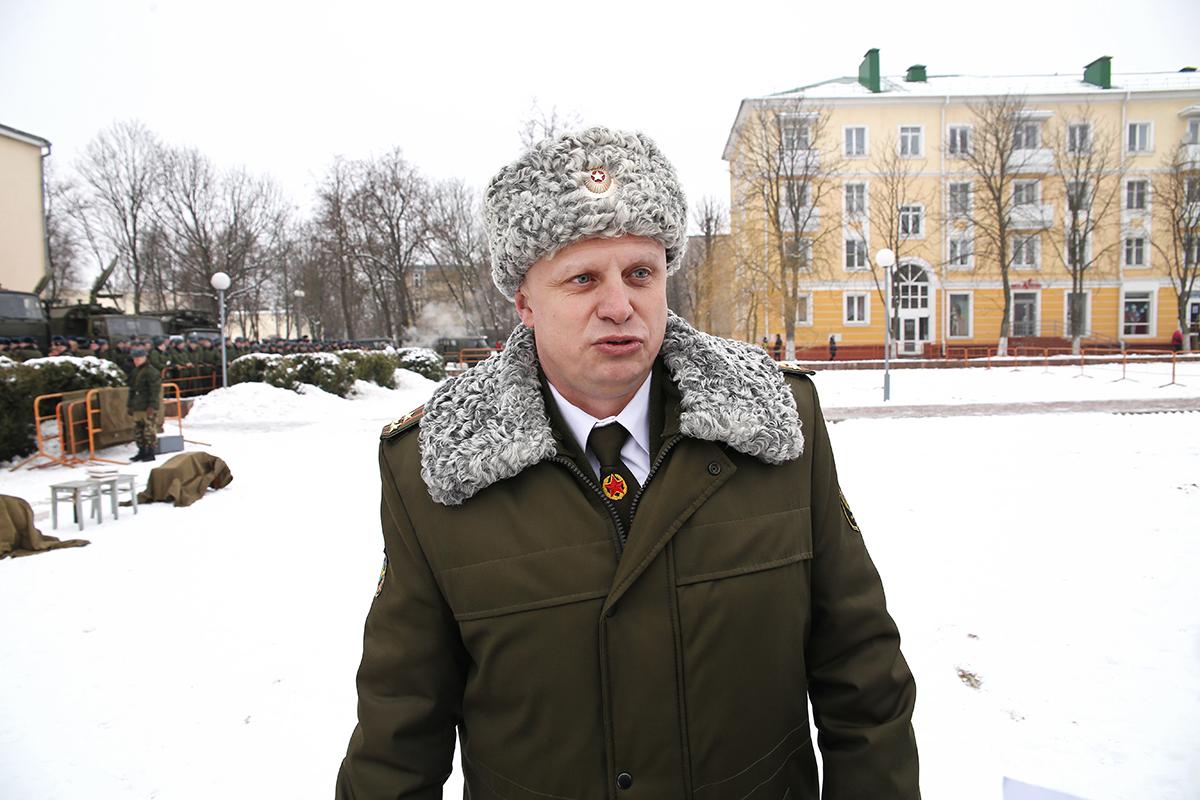 Командир 127-й бригады связи гвардии полковник Евгений Гвоздев.
