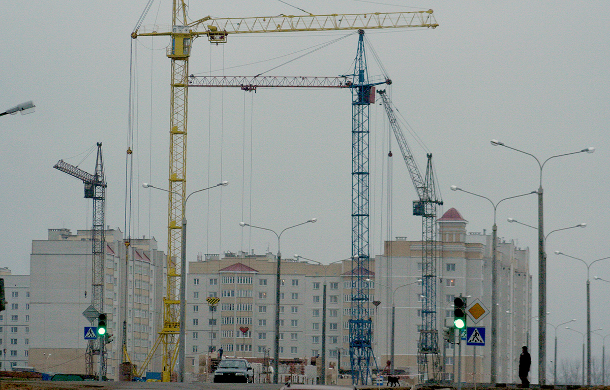 Апрель 2010 года. Начало строительства микрорайона Боровки. Фото: архив Intex-press