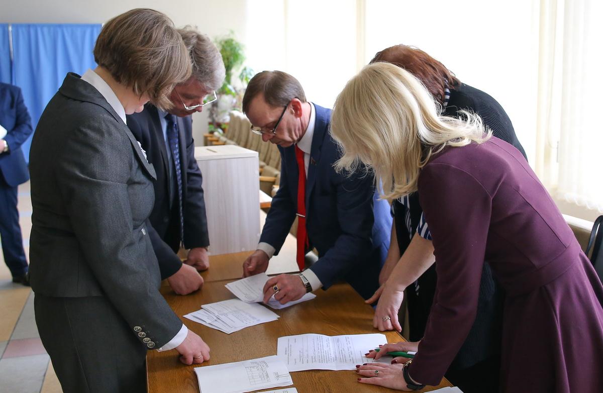 Подсчет голосов по выборам председателя Барановичского горсовета.