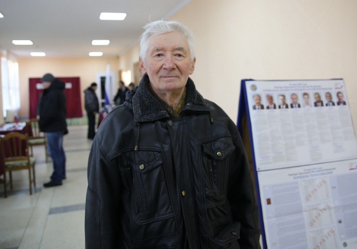 Хлебович Евгений, пенсионер.