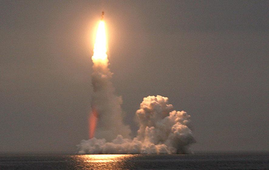 Путин: Наюге РФ навооружение поставлен самый новый гиперзвуковой комплекс «Кинжал»