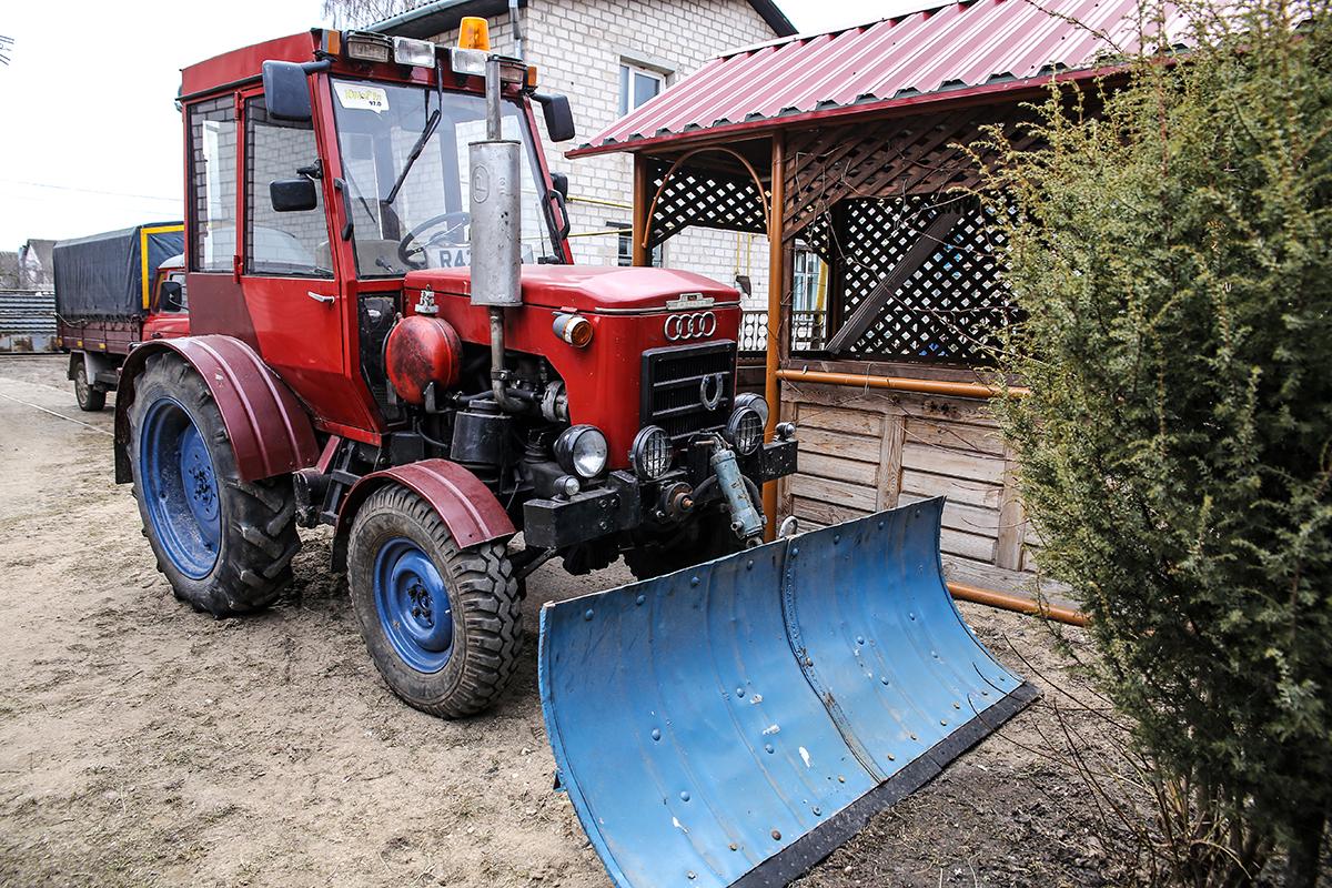 Самодельный трактор.