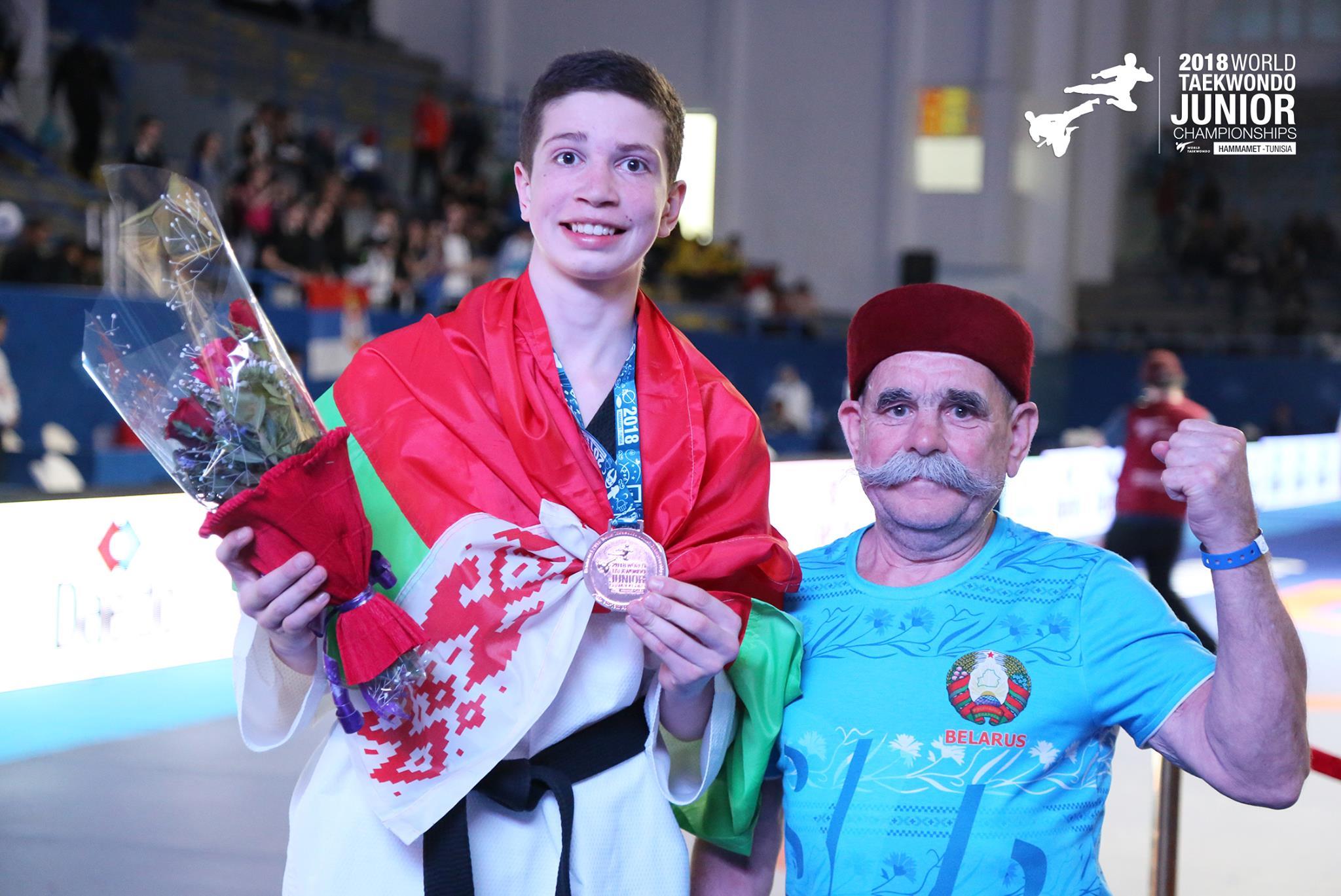 Иван Павловский и массажист сборной Беларуси по тхэквондо.