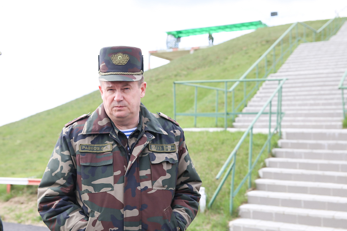 Министр обороны Беларуси генерал-лейтенант Андрей Равков. Фото: Татьяна МАЛЕЖ