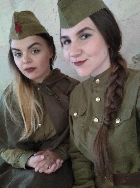Дарья Шимонец (слева) и Екатерина Лайша. Фото: Денис ШИМОНЕЦ