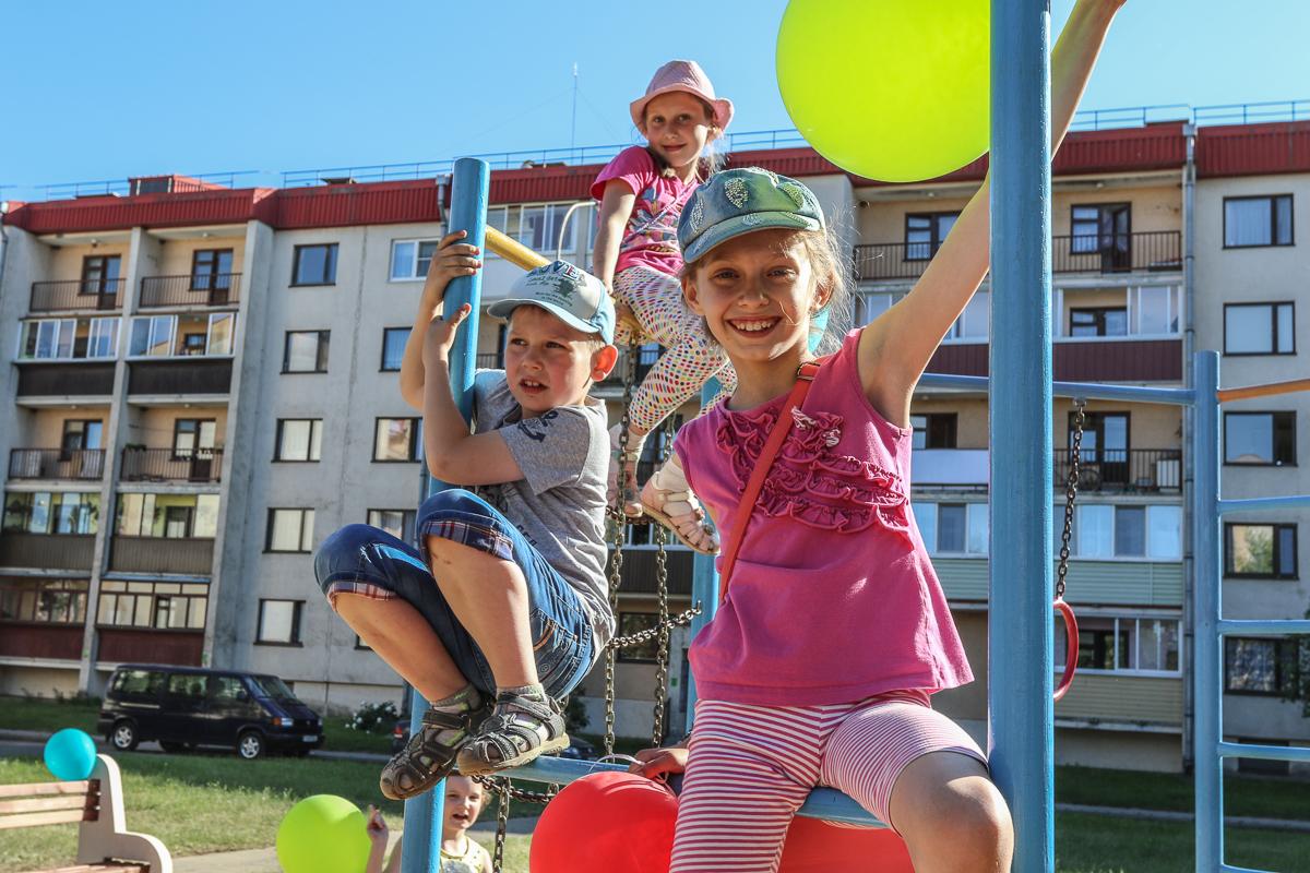 Новая детская площадка в Тексере. Фото: Александр ЧЕРНЫЙ