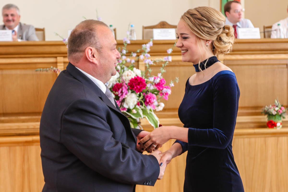Юрий Громаковский со своей дочерью Ириной, выпускницей лицея №1