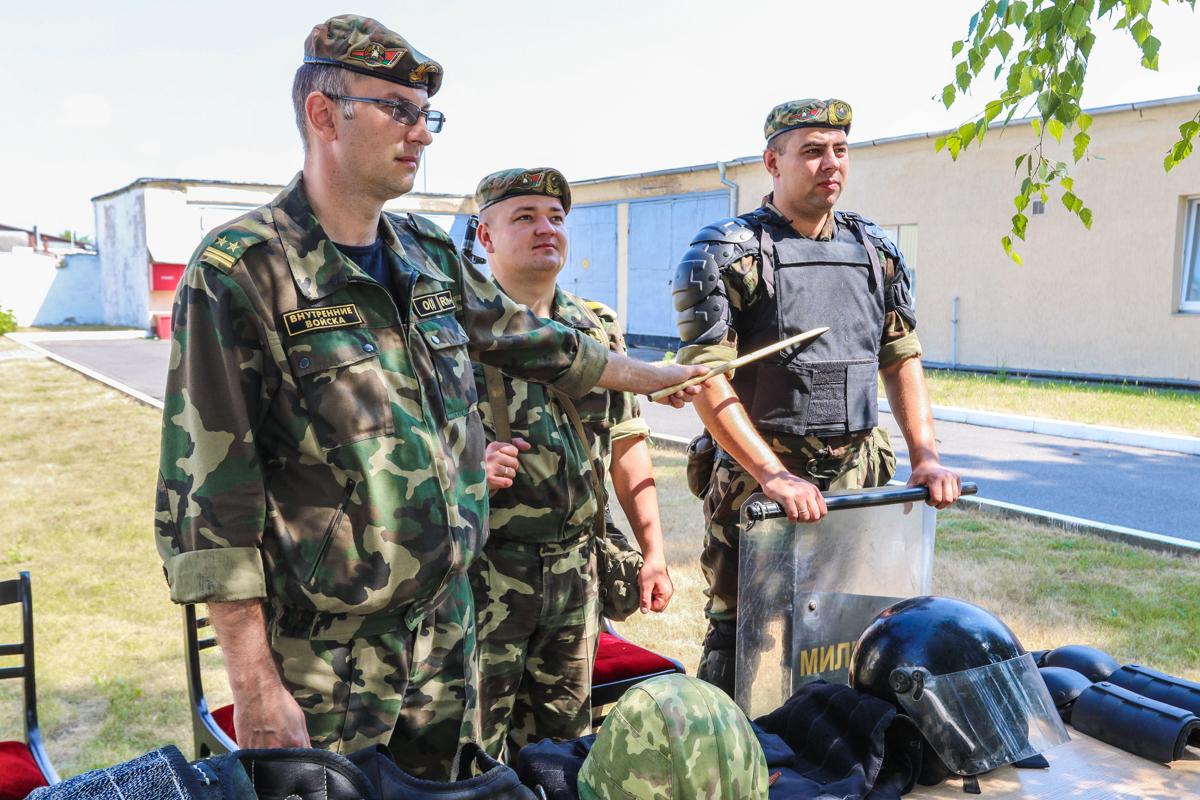 Инструктаж по безопасности при выполнении задач боевой службы.