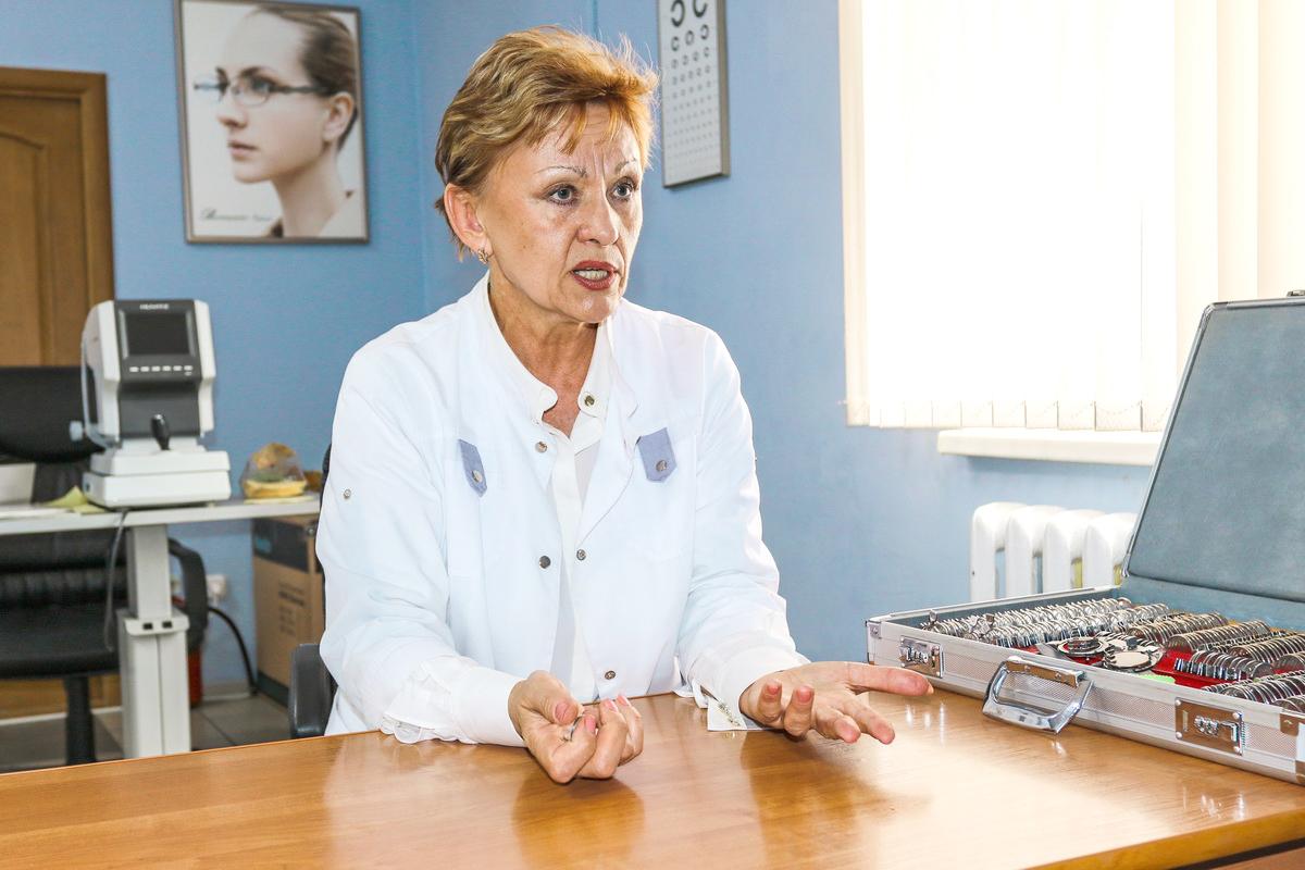 Врач-офтальмолог Барановичской городской поликлиники №4 Светлана Суркова.  Фото: Александр ЧЕРНЫЙ