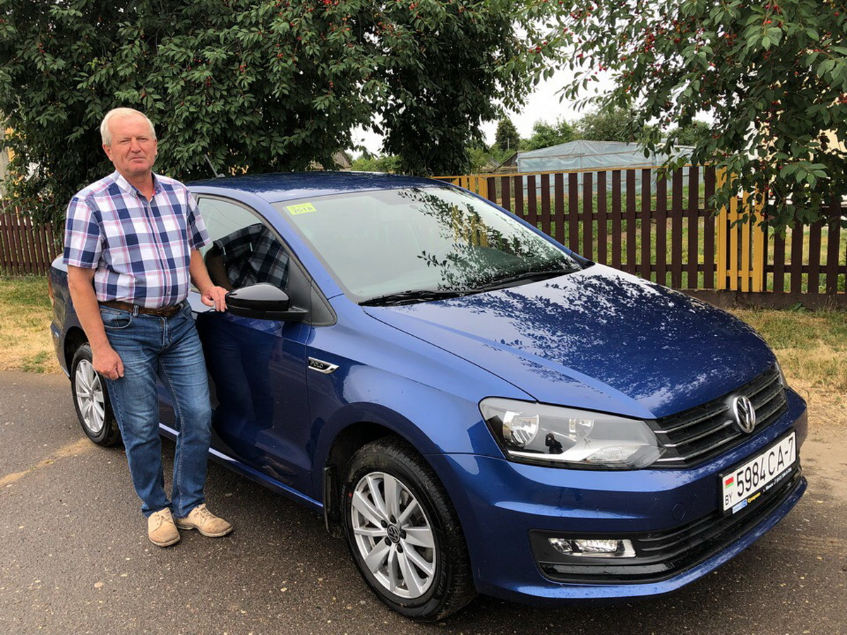Владелец автомобиля Volkswagen Polo 2017 года выпуска Юрий Кузьмицкий.  Фото: архив Юрия  КУЗЬМИЦКОГО