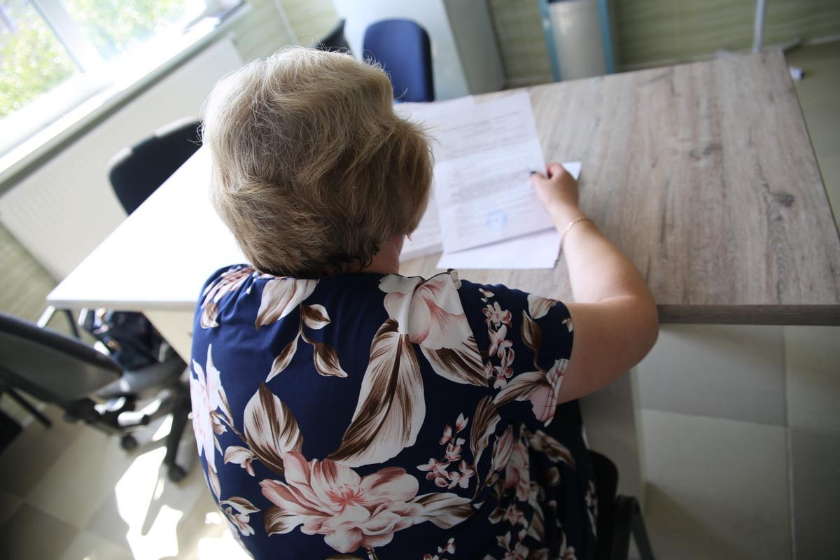 Татьяна два месяца пытается добиться уменьшения суммы ущерба,  которую ей нужно выплатить.  Она намерена   дойти до Верховного суда. Фото: Татьяна  МАЛЕЖ