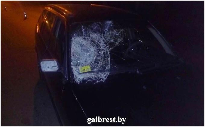 В Барановичах BMW сбил пешехода, переходившего дорогу в неположенном месте — Intex-press. Последние новости города Барановичи, Беларуси и Мира
