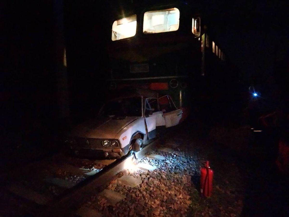 Под Бобруйском пьяный белорус катался на «Жигулях» по железнодорожным путям (фото) — Intex-press. Последние новости города Барановичи, Беларуси и Мира