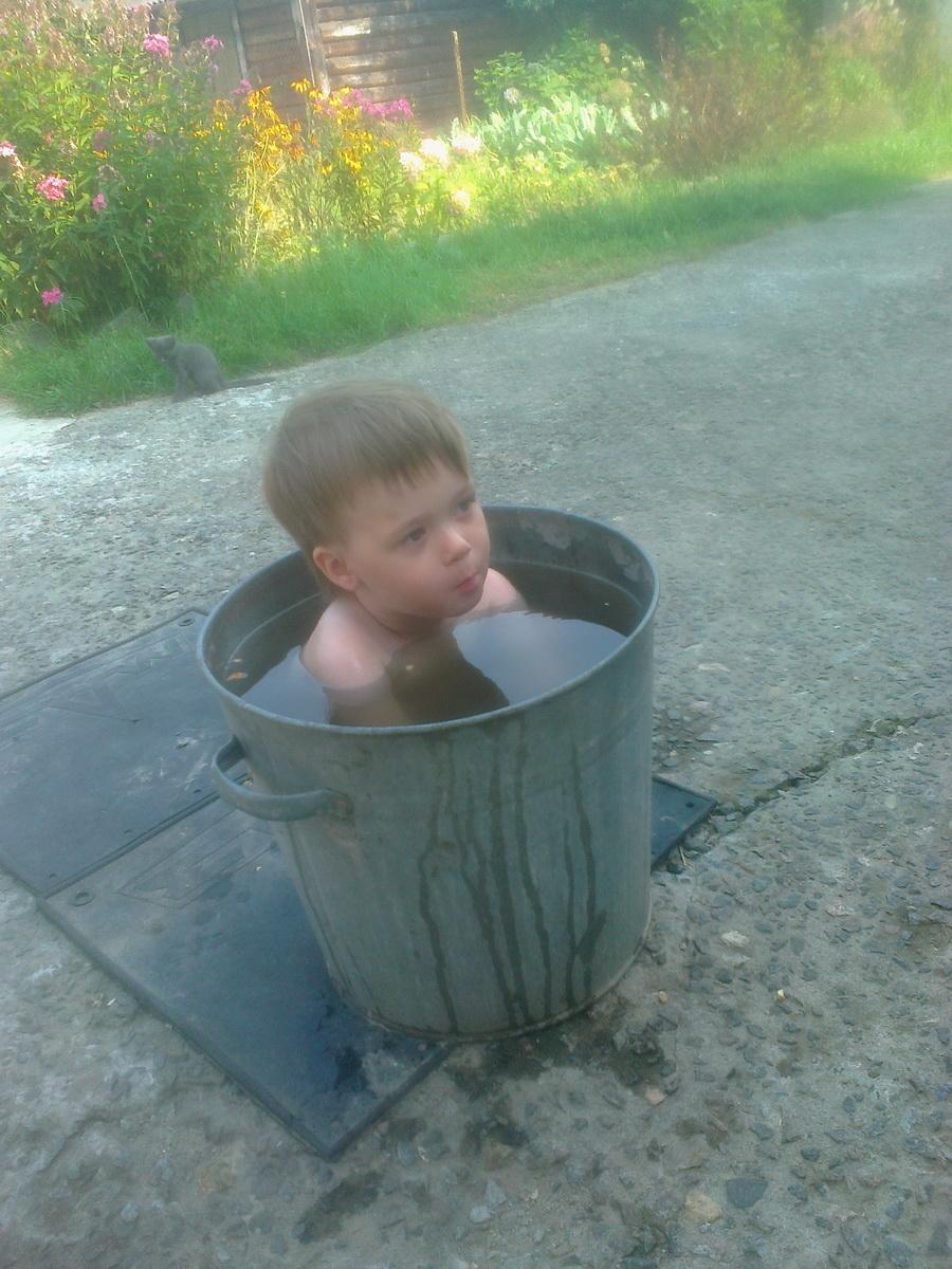 26. Калиновский Иван, 5 лет, во дворе, 2017