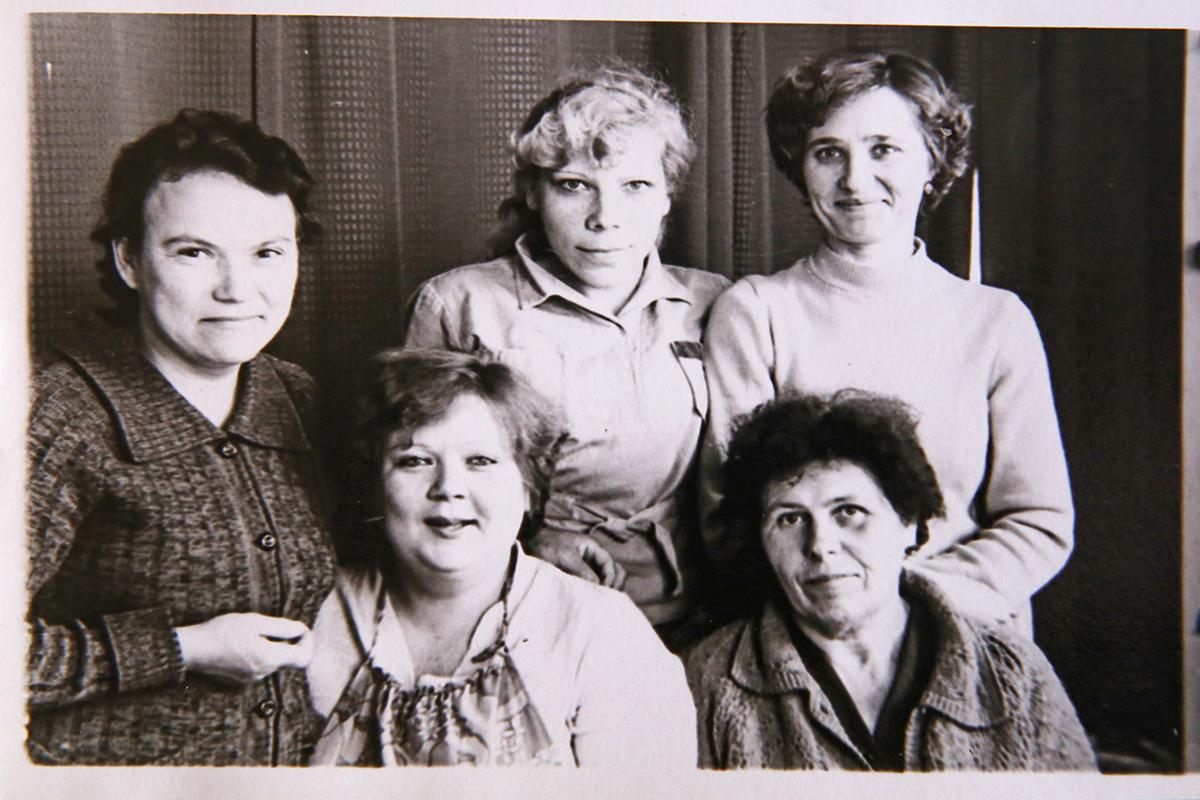 1982 год. Нина Чайковская с коллегами. Фото: Евгений ТИХАНОВИЧ