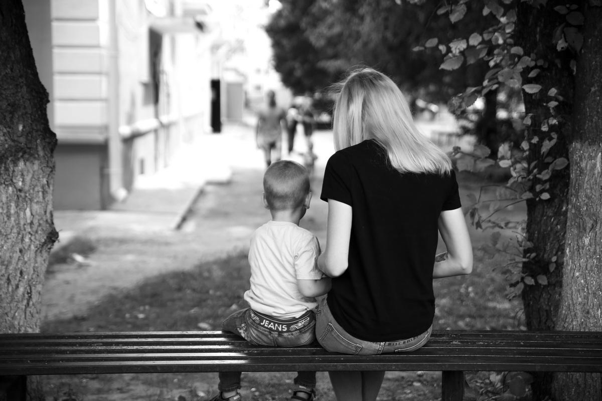 По словам горожанки, главное в ее жизни сейчас - сын и работа.  Фото: Евгений ТИХАНОВИЧ