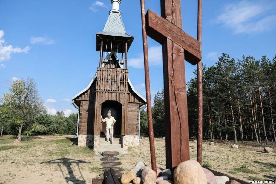 Вениамин возле церкви Фото: svaboda.org
